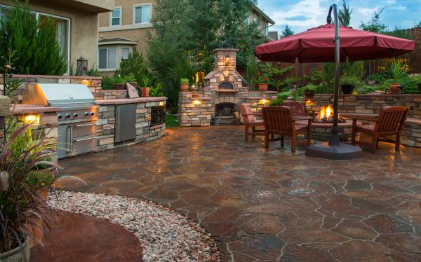 A backyard with outdoor propane products